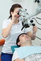 crop-Lechenie-zubov-s-ispolzovaniem-operatsionnog-mikroskopa